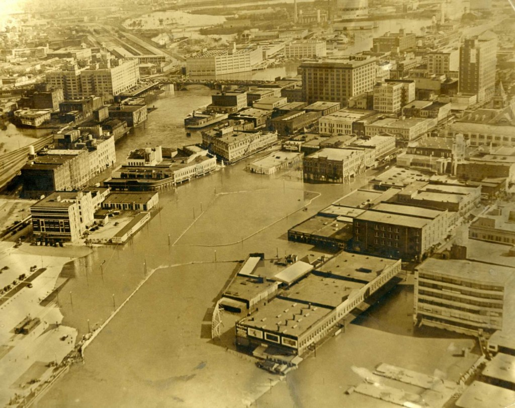 Downtown Houston during the 1935 flood and before the construction of the Addicks and Barker dams.